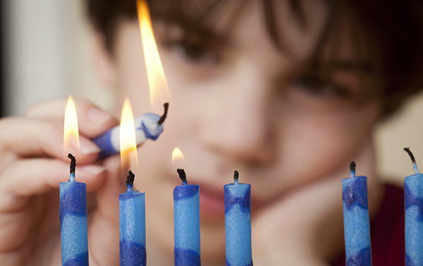 The ENJC Wishes you a Happy Chanukah!